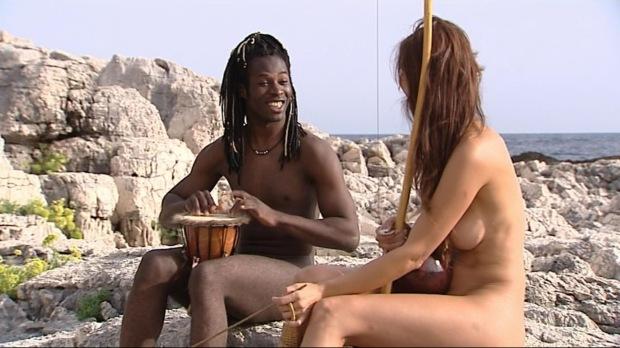 Coman y Esther en el paraiso desnudos
